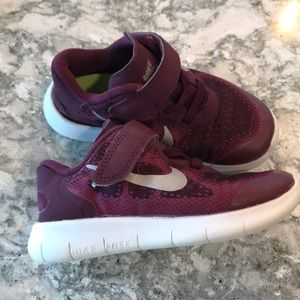 Toddler Nike Free RN tennis shoes